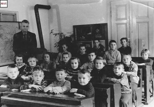 1960-61 skola